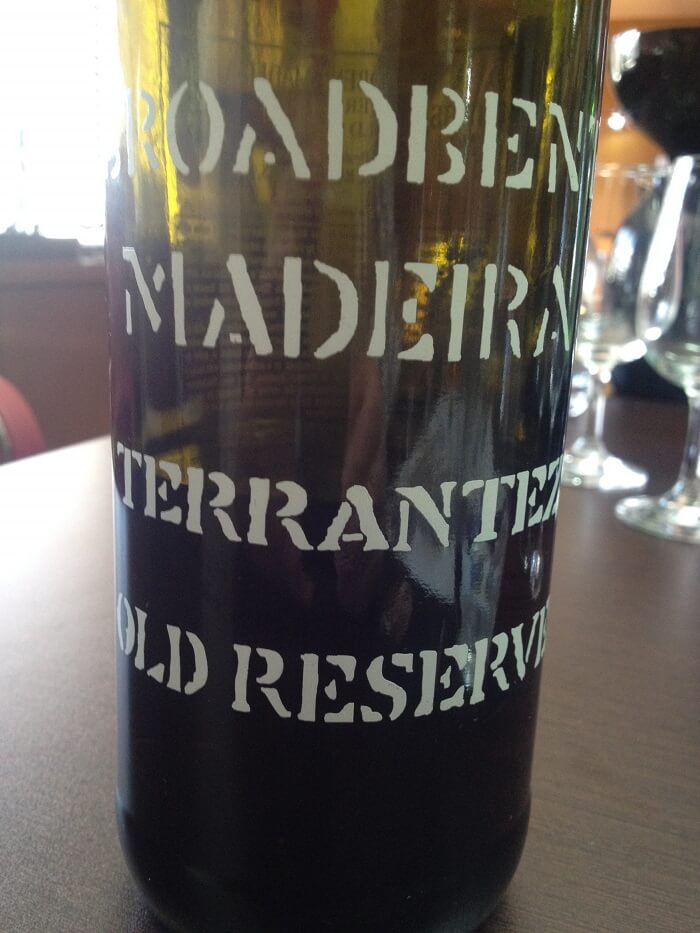justino-s-madeira-wine-tasting5 Justino's - Prova de Vinhos Madeira Justino's - Prova de Vinhos Madeira justino s madeira wine tasting5