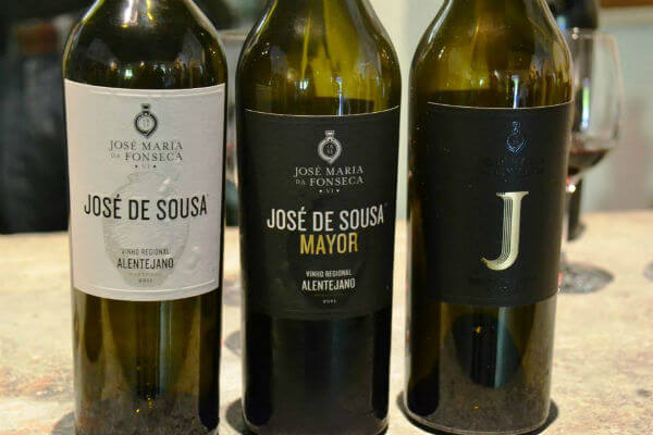 Blend_All_About_Wine_The_Amphoras_of_Mr_JosephJoseSousa_Trilogia