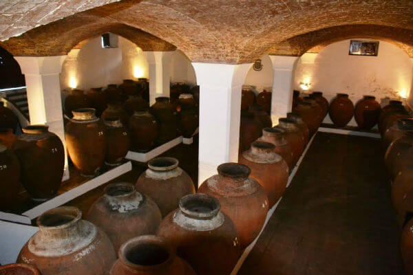 Blend_All_About_Wine_The_Amphoras_of_Mr_Joseph_Adega_dos_Potes