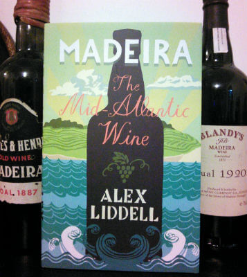 Blend_All_About_Wine_Madeira_Mid_1