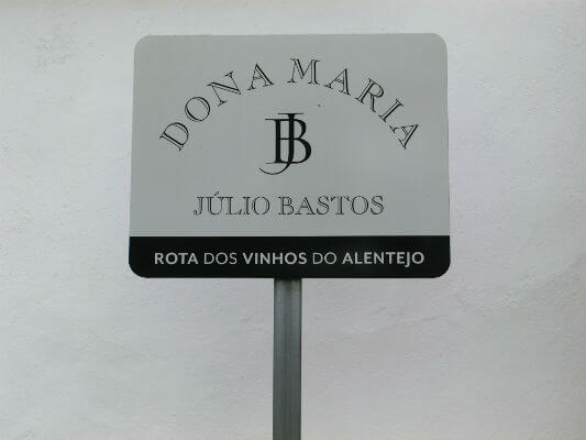 Blend-All-About-Wine-Quinta-Dona-Maria-Sign Wine Tradition, History and Production as an Art Wine Tradition, History and Production as an Art Blend All About Wine Quinta Dona Maria Sign