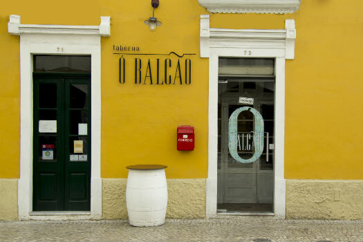 Blend-All-About-Wine-Taberna-O-Balcao-Entrance