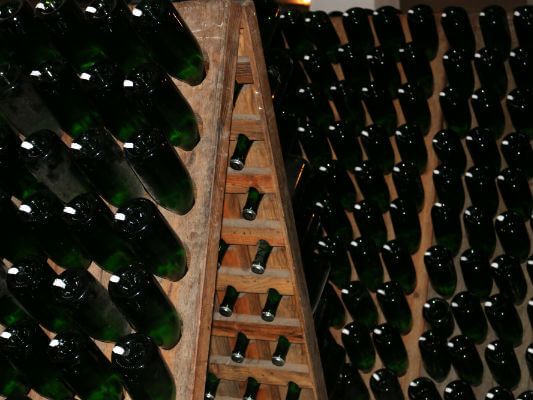 Blend-All-About-Wine-Caves-Sao-Domingos-Traditional-Riddling-Wine-Racks In the Bairrada Region, a Producer With a Great Tradition In the Bairrada Region, a Producer With a Great Tradition Blend All About Wine Caves Sao Domingos Traditional Riddling Wine Racks
