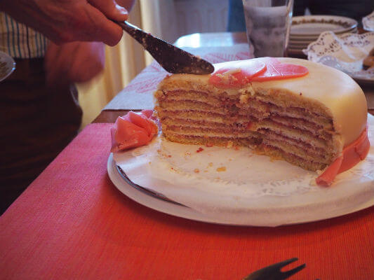 Blend-All-About-Wine-Lets-Celebrate-With-Madeira-The-Cake