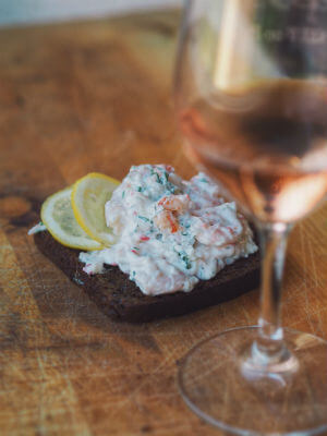 Crayfish sandwich  Rosé de Verão Rosé de Verão Blend All About Wine Summertime Rose Crayfish Sandwich