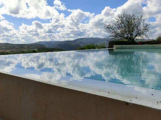 Blend-All-About-Wine-Quinta da Touriga-Chã-The-Pool quinta da touriga-chã Quinta da Touriga-Chã, a plenitude do Douro Superior... Blend All About Wine Quinta de Touriga The Pool