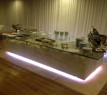 Blend-All-About-Wine-Narcissus Fernandesii Restaurant-Huge-Table