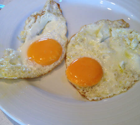 Blend-All-About-Wine-Quinta-do-Cume-Eggs