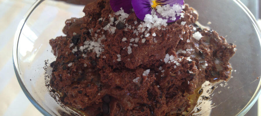 Blend-All-About-Wine-A Delicious Meal-chocolate mousse