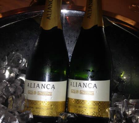 Blend-All-About-Wine-Aliança-wines aliança Uma aliança entre o vinho e a arte, no coração da Bairrada Blend All About Wine Alian  a wines