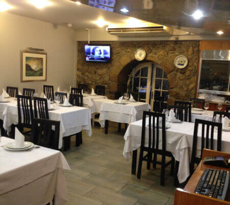 Blend-All-About-Wine-Camelo-Restaurante Camelo-Room
