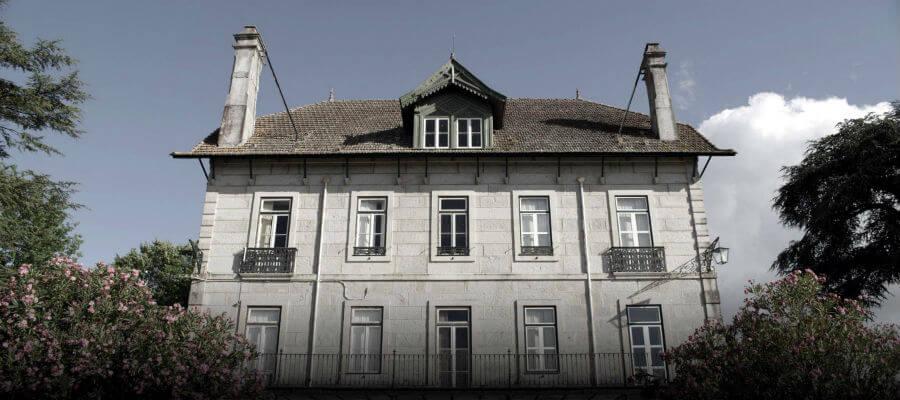 Blend-All-About-Wine-Casa da Passarella-Harvesting-day-House