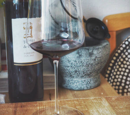 Blend-All-About-Wine-Surf n Turf-Wine-Glass