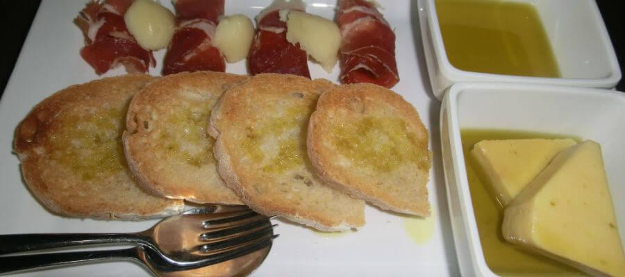 Blend-All-About-Wine-Toca da Raposa-dish-5
