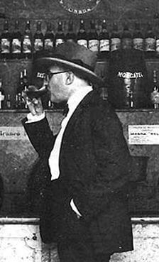 Blend-All-About-Wine-Two-Magnates-Fernando-Pessoa
