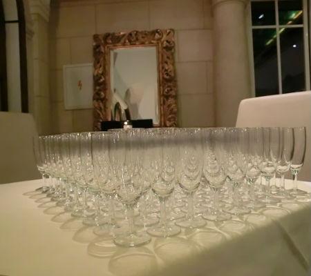 Blend-All-About-Wine-Port wine-Vienna-flutes