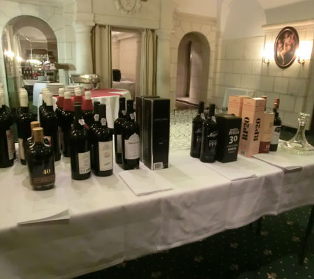 Blend-All-About-Wine-Port wine-Vienna-the-reds vinho do porto Em Viena de Áustria, a provar vinho do Porto Blend All About Wine Port wine Vienna the reds