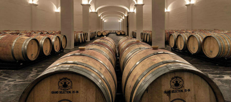 Blend-All-About-Wine-Herdade das Servas-2013 wines-Cellar