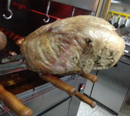 Blend-All-About-Wine-Bulls-hump-steak