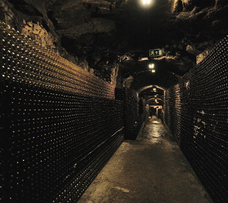 Blend-All-About-Wine-Caves da Murganheira-Caves 3 caves da murganheira Murganheira – Sparkling wines of great quality Blend All About Wine Caves da Murganheira Caves 3