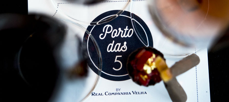 Blend-All-About-Wine-Five oclock Port-Real Companhia Velha-Movement
