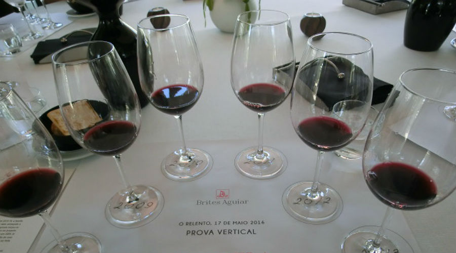 Blend-All-About-Wine-Vertical Bafarela-The Tasting